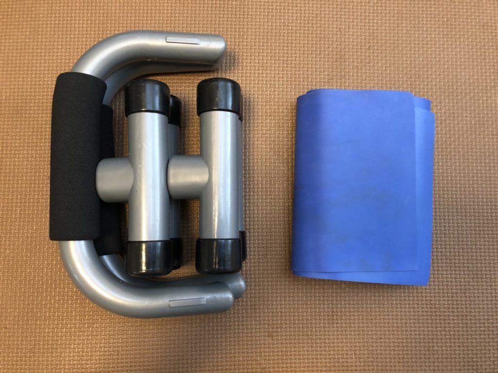 出張先で使う筋トレ器具の携帯性検証写真