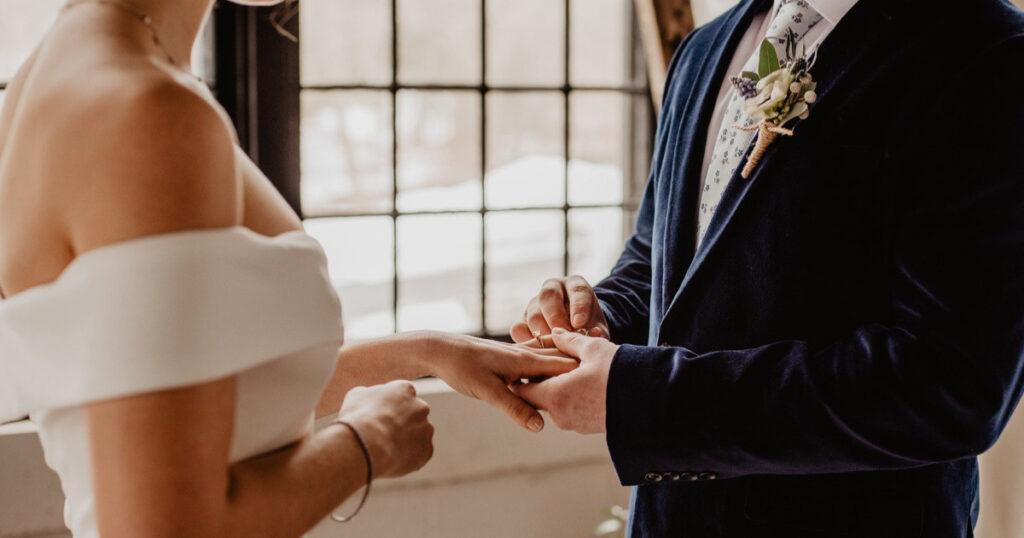 25歳での結婚は早いのか?